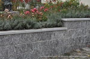 Mauersteine und Abdeckplatten
