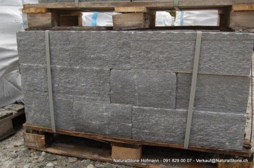 Maggiagneis Systemmauersteine - Höhen und Tiefe können definiert werden