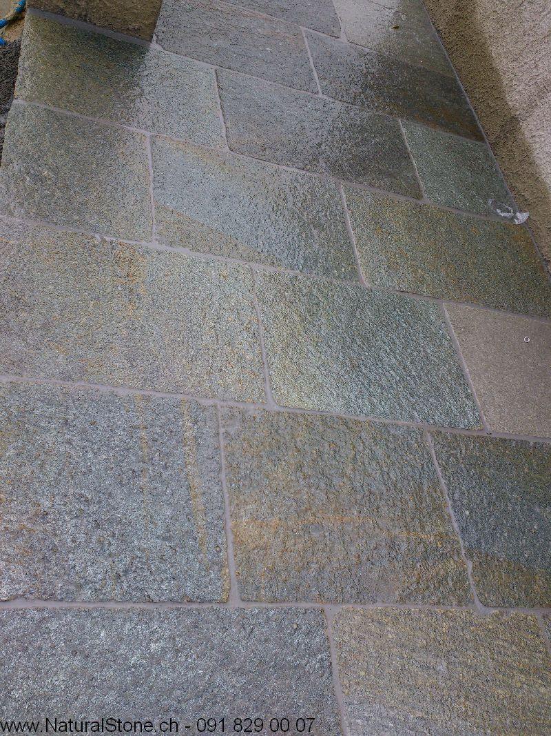 Luserna-Bahnen-Bodenplatten