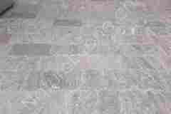Beola-Valle-Bodenplatten-verlegt