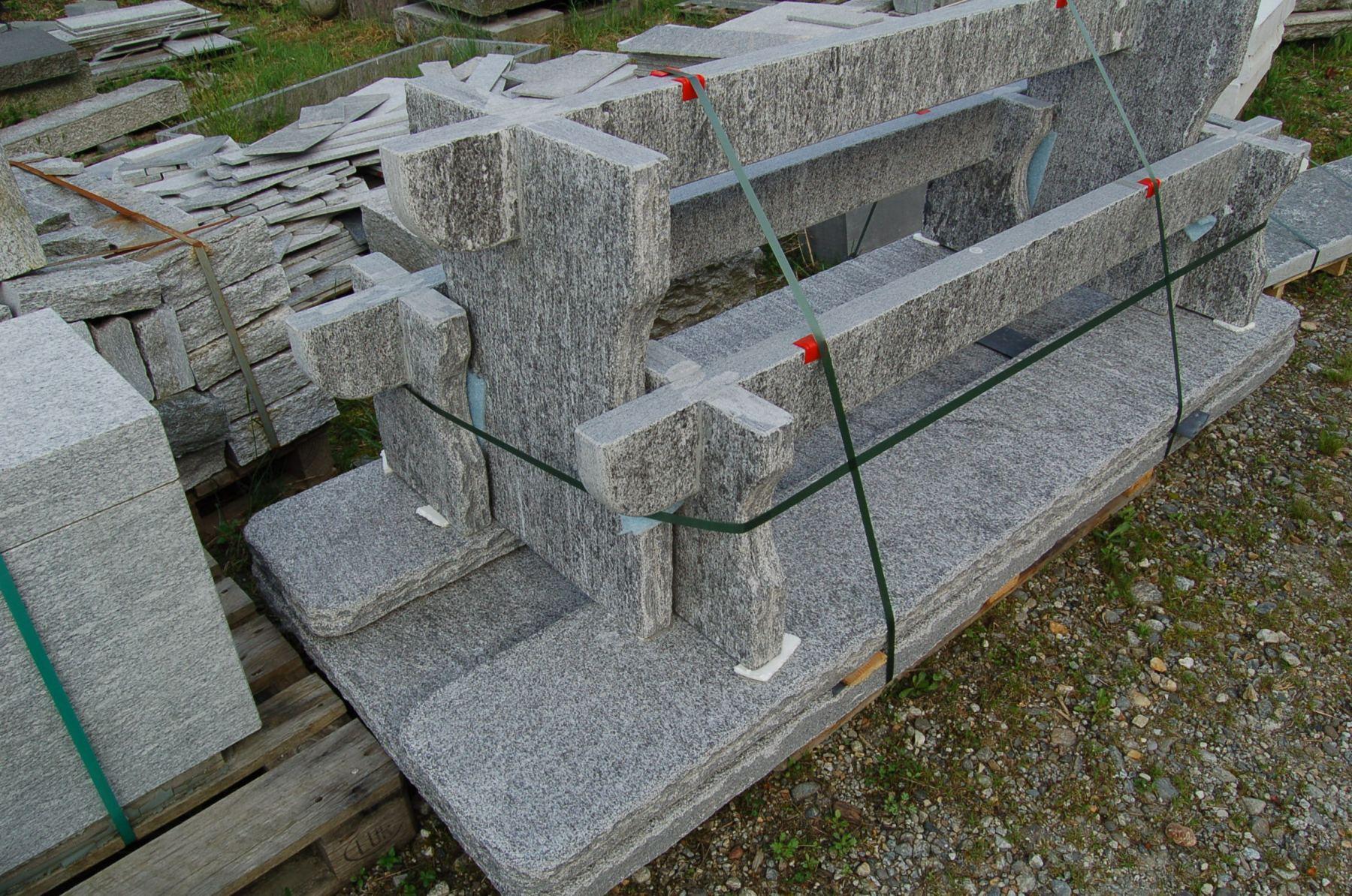 Granittisch Bernardino Paletiert