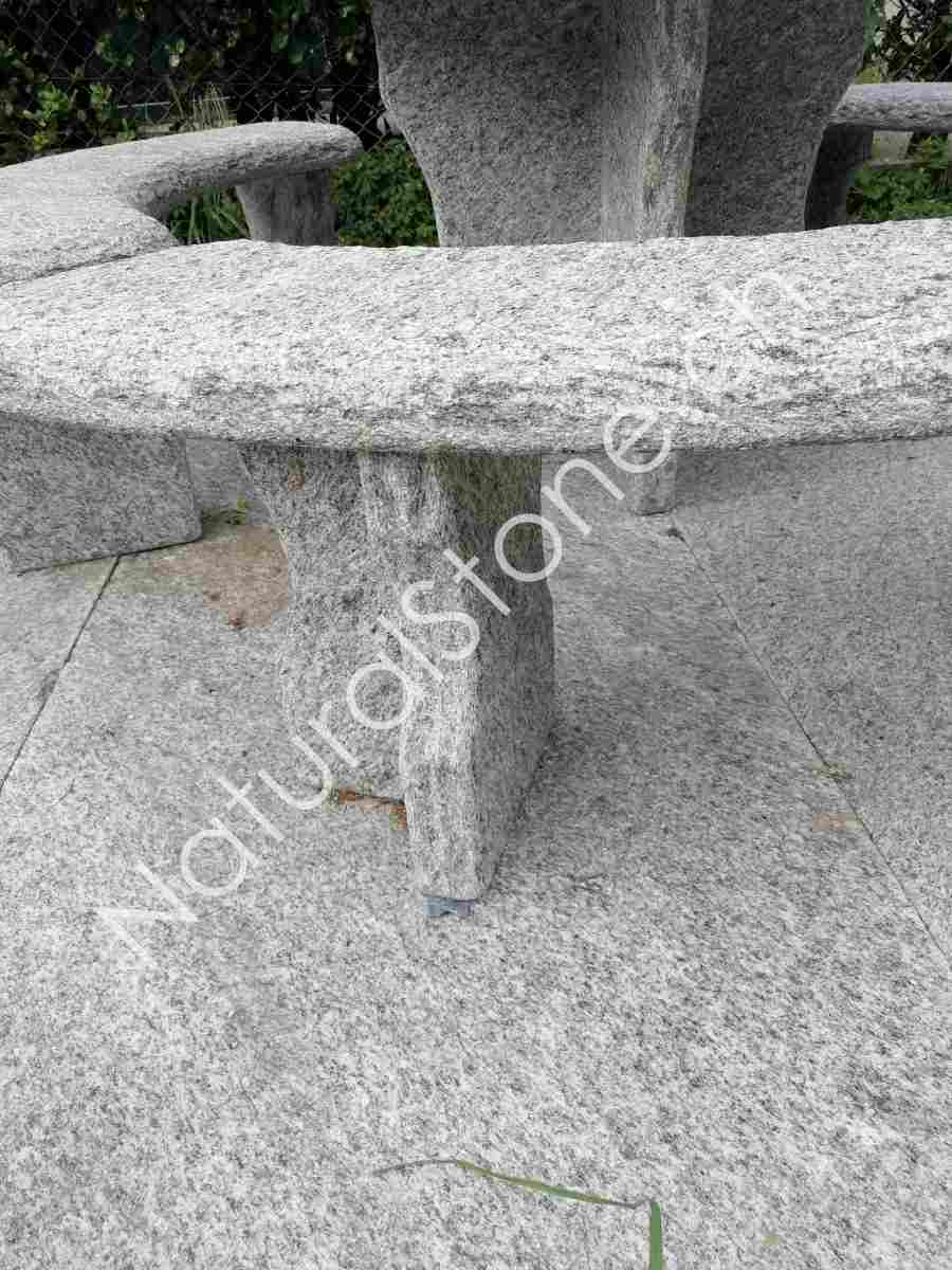 Granittisch-Gottardo-rund-Fuss-Halbkreiz-flache-Seite