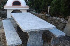 Tisch-Bernardino-gespalten